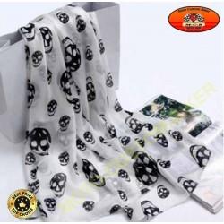 Foulard blanc motif têtes de mort
