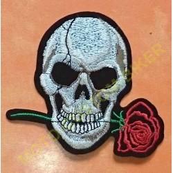 Patch, écusson tête de mort et rose