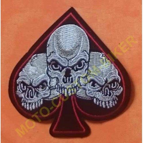 Patch, écusson as de pique trois skulls