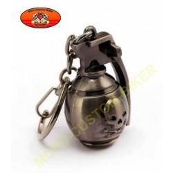 Porte cles grenade skull